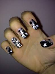16 black acrylic nail designs 2016