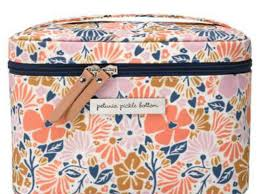 the 8 best travel makeup bags of 2020