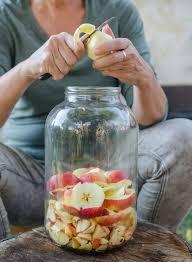 apple cider vinegar honey detox drink