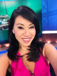 """Veronica De La Cruz on Twitter: """"Happy Friday! Back and feeling better! Who  is with me tonight? Give me a ♥️ and join me for @NightBeatTV on @KBCWtv… """""""