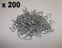 200 X 20mm Netting Staples U Fencing Nails Barbed Wire Mesh Pointed Galvanised Heavy Duty Amazon Co Uk Diy Tools