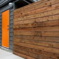 Pin By Marcelo Garbiero On Inspiration Residential Exteriors Orange Front Doors Modern Exterior Orange Door