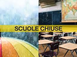 Allerta meteo a Napoli, scuole chiuse. Arriva l'ordinanza del sindaco