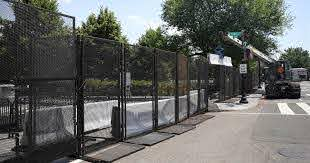 White House Adds Fencing Around Perimeter