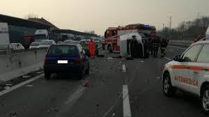 Incidente mortale sulla A4, autostrada chiusa FOTO VIDEO - La ...