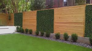 Alternating Textures On Fence Panels Modern Garden Atlanta By Botanica Atlanta Landscape Design Build Maintain Houzz Ie