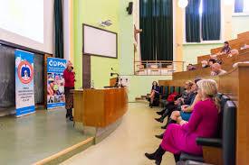 Na setkání pacientů Kliniky plicních nemocí a tuberkulózy FN Olomouc se  mluvilo o transplantaci plic | Fakultní nemocnice Olomouc