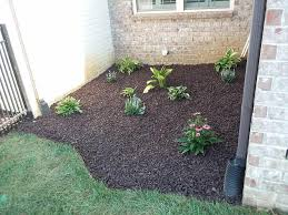 how to design a rubber mulch pathway