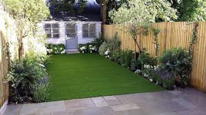 small garden ideas low maintenance