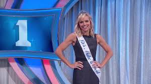 """Let's Make a Deal on Twitter: """".@TiffanyCoyne is our Miss LMAD, and her  white chocolate chips are really good... #LMAD #Model #Semisweet #Yum… """""""