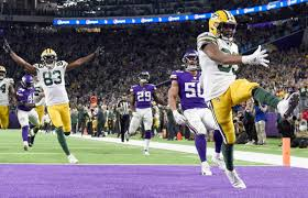 Aaron Jones sports sweatshirt with Vikings player's taunt | FOX6Now.com