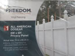 1 Freedom Barrette Select White Dog Ear Privacy 6 X 6 Vinyl Fence Panel May Have Small Dings Bends And Or Cracks Mn Home Outlet Burnsville 119 Saturday Pick Up Only 10 00am