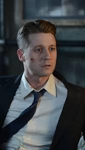 Gotham 2x11 - James Gordon (Ben McKenzie) HQ   Gotham cast, Ben ...