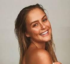 Stephanie Smith wiki, bio, age, model, net worth, height, instagram -  Wikibioage