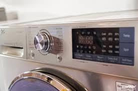 Cận cảnh máy giặt lồng đôi LG TWINWash: tích hợp công nghệ giặt hơi nước  TrueSteam, hỗ trợ kết nối với smartphone