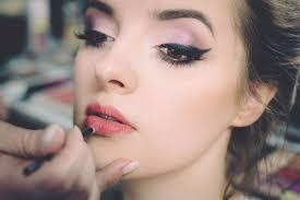 eye makeup for gles wearers cat eye