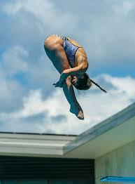 diver shaye boddington lands lightly