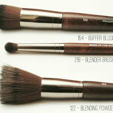 makeup forever 122 brush review