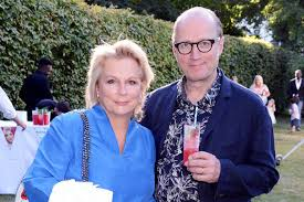 How old is Ade Edmondson, when did he marry Jennifer Saunders and ...