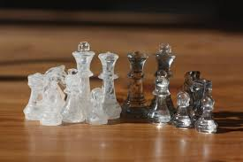 smoky chess set 32 pieces without board