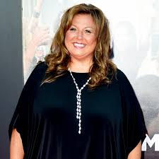 Abby Lee Miller Reports to Prison to Serve 366 Day Sentence