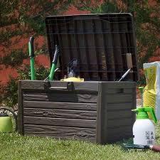 advantages of plastic garden storage