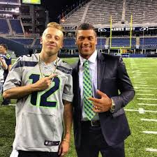 Just two of my favorite people ever. Russell Wilson & Macklemore | Seahawks  football, Seattle sports, Seattle football