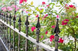 40 Beautiful Garden Fence Ideas Garden Fencing Small Garden Fence Beautiful Gardens