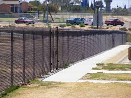 Gb S Fence Company 6 Ft High Brown Vinyl Chain Link Image Proview