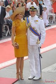 Maxima Reina De Holanda Abril 2013