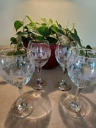 wine glasses winter white frosted gold