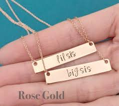 dealers yet gold jewellery