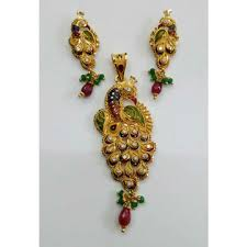 gold las peacock pendant set