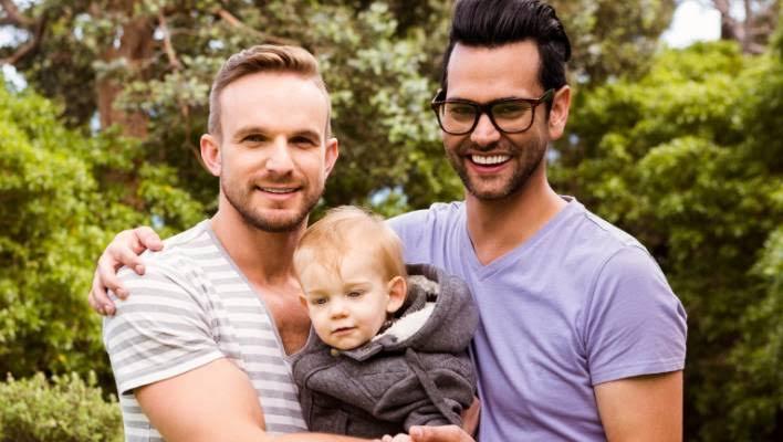 """Resultado de imagen de gay couples with children"""""""
