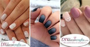 nail designs for short nails 35