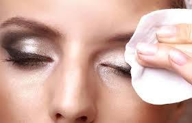 how to remove waterproof mascara