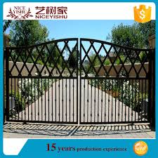 Alibaba Com Modern Gate Designs Modern Pattern Designed High Quality Heat Transfer Door Iron Gate Design Steel Bars Decorati View Square Gate Design Yishujia Product Details From Shijiazhuang Yishu Metal Products Co Ltd