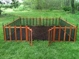 Amazon Com Terra Garden Fence Gf 4 Protect Beautify 32 Feet Of Fencing Included Wire Mesh Animal Barrier Terra Gardens Portable Garden Lawn And Garden