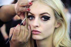 hippie eye makeup cat eye makeup