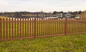 Vinyl Picket Fencing Shoreline Vinyl Fencing Www Tricountyfence Com Vinyl Picket Fence Vinyl Fence Fence