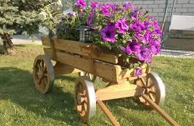 flower pot planter wood wheel outdoor