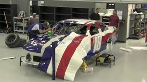 Incredible Timelapse Wrap Of American Flag Nascar Car For Kyle Busch Youtube