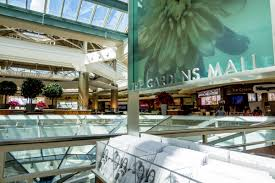Why Online Retailers Turning Brick And Mortar At The Gardens Mall News The Palm Beach Post West Palm Beach Fl