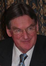 File:Hugh Johnson OXCAM 2003 (cropped).jpg - Wikimedia Commons