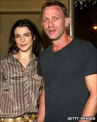 Bond star Craig weds Oscar-winning actress Rachel Weisz - BBC News