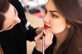 reasons to hire bridal makeup artist