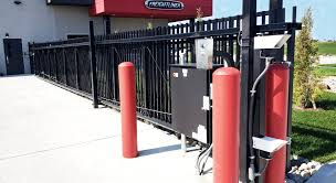 Automated Gates Overview American Fence Company Of Cedar Rapids Ia