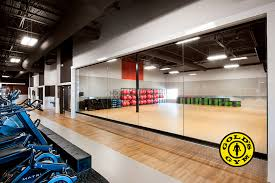 gold s gym laval