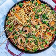 Easy Shrimp Stir Fry Noodles Recipe ...