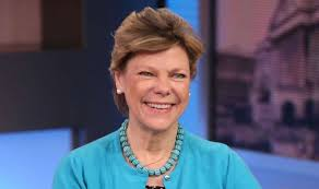 Cokie Roberts Bio, Wiki, Net Worth, Husband, Kids, Death, Funeral, Age